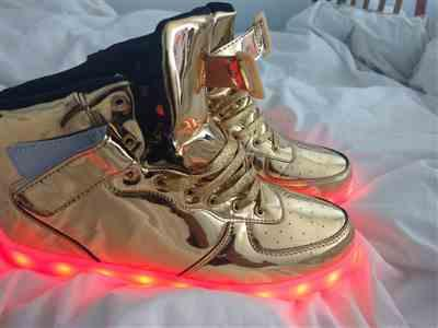 Martin Clarke verified customer review of Flashez - Gold High Top LED Trainers