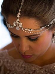 Lybeth Rosario verified customer review of Jules Tiered Crystal Headpiece