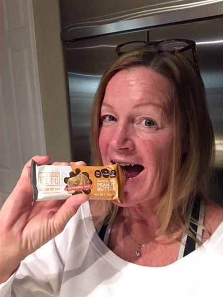Cathy Roy verified customer review of Keto Bars - 12 Count
