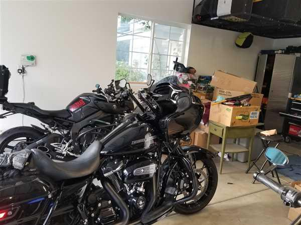 Isaac Chavez verified customer review of FXR Division Motorwitch Handlebars for Road Glide