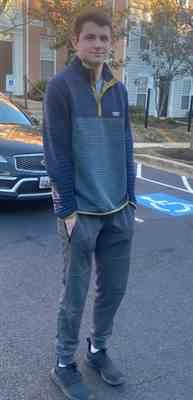 Michele Burke verified customer review of Tall Men's French Terry Jogger in Navy
