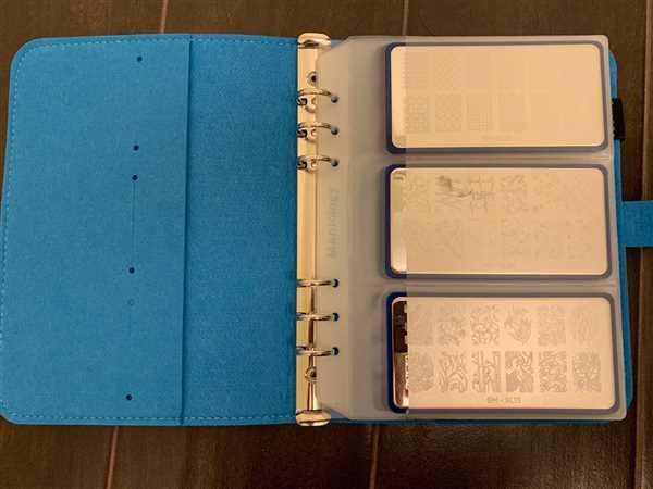 Maniology Nail Stamping Plate Organizer Binder Refill Set - 6 Dividers & 10 Insert Pages Review