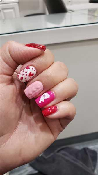 Laura H. verified customer review of Valentine's Day Occasions: BFF (m117) - Nail Stamping Plate