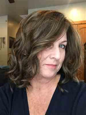 Jodi Hill verified customer review of Mila by Jon Renau | Wavy Lace Front Wig | Best Seller