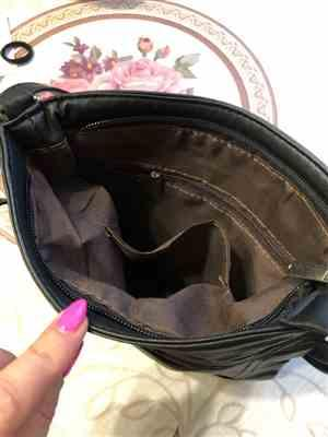 N***a verified customer review of Casual Leather Handbag