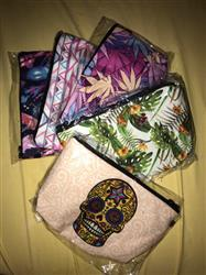 Boots N Bags Heaven Full-Print Cosmetic Pouch Bag Review