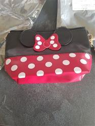 Caitlyn Clews verified customer review of Cute Mouse Cosmetic Bag