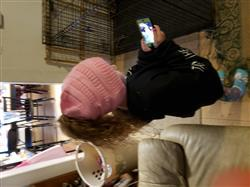 Donna M Moriarty verified customer review of Ponytail Messy Bun Beanie Knitted Winter Hat - BNB Heaven Beanietail