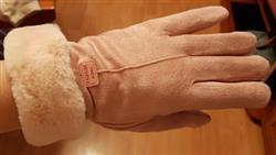 Joan Blalock verified customer review of 2019 Plush Winter Gloves