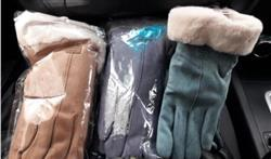 Teri Ladner verified customer review of 2019 Plush Winter Gloves