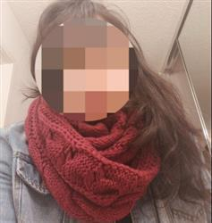 Mirian Ezell verified customer review of Knitted Infinity Scarf