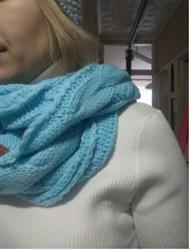 Margarita Tucker verified customer review of Knitted Infinity Scarf