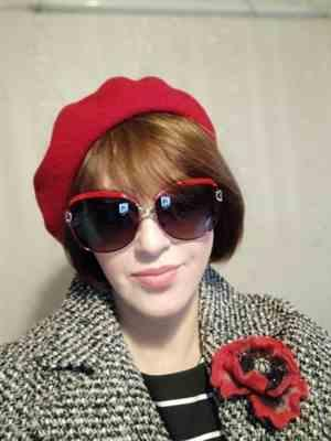 N***a verified customer review of Winter Colorful Wool French Beret Hat