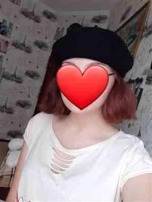 K***h verified customer review of Winter Colorful Wool French Beret Hat