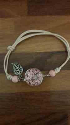 B***r verified customer review of Handmade Glassed Lucky Wildflowers Bracelet