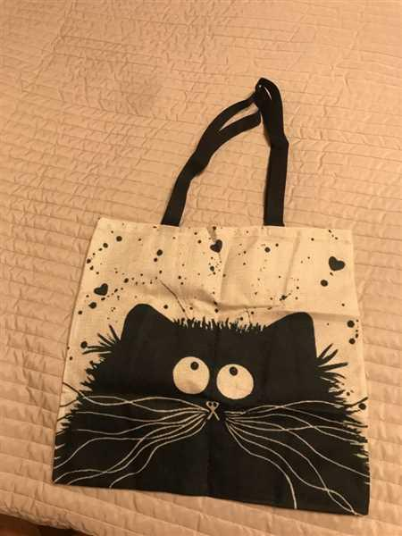 B***v verified customer review of Cat Print Linen Tote Bag