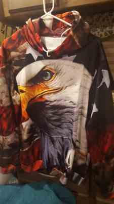 L***I verified customer review of Exclusive: Eagle Usa Flag 3D Sweatshirt/Hoodie