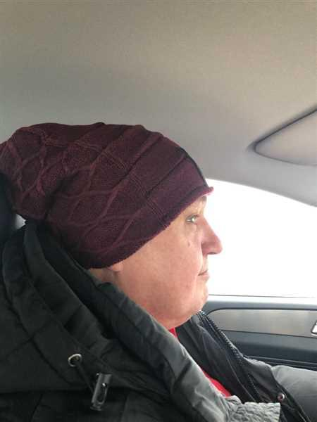 Galaxy Teez Hand Knitted Winter Slouch Beanie Review