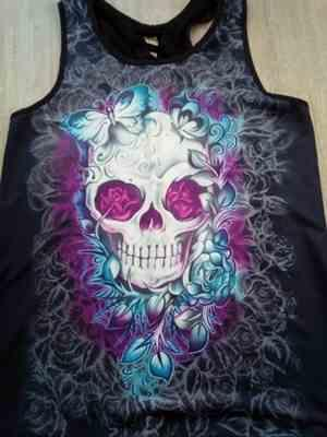 N***l verified customer review of Purple Skull Women Tank Top