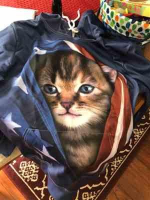 M***w verified customer review of Patriot Cat 3D Hoodie