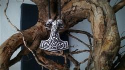 Kevin Priest verified customer review of Mjolnir Goat Necklace