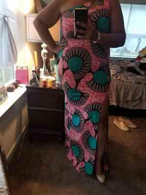 JRSmith verified customer review of Arjana Women's African Print One Shoulder Gown with Keyhole (Pink Turquoise Fans)