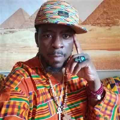 Denzil Snoddy verified customer review of Beno African Print Fitted Hat (Gold Green Kente) - Clearance
