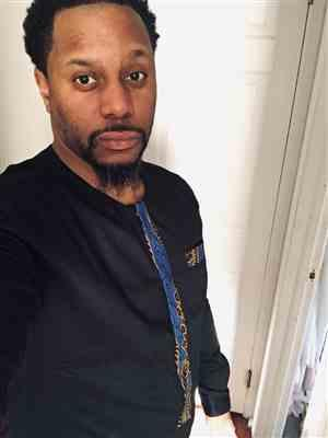 Jus verified customer review of Lekan Men's African Print Traditional Shirt Dress (Blue Gold Leaves) - Clearance