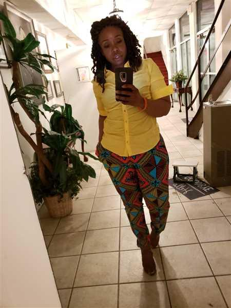 Carolyn Wright verified customer review of Safina African Print Stretch  Fitted High-Waisted Pants (Pink Blue Diamonds)