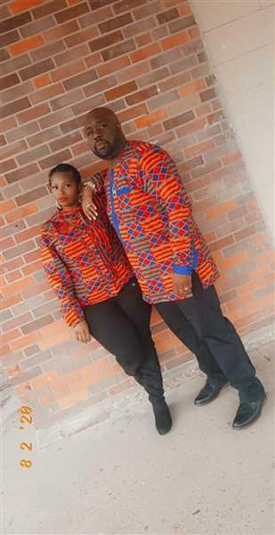 Kila verified customer review of Sade African Print Cut-out Button-up Shirt (Blue Red Kente)