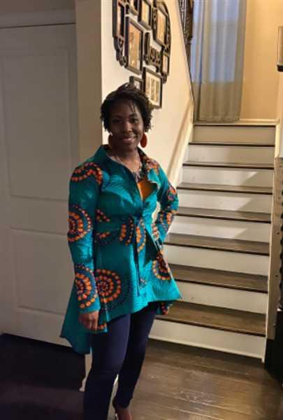 D'IYANU Tumela African Print High Low Button up Shirt (Turquoise Orange Swirls) Review