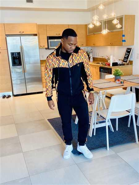 Jonathan Burch verified customer review of Jelani Men's African Print Color Blocked Hoodie (Orange Yellow Kente)