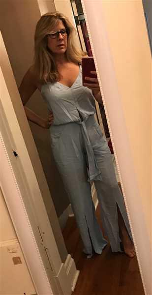 Anonymous verified customer review of Smoke Blue Nora Jumpsuit