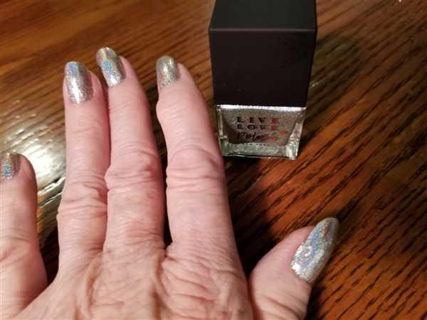 Wanda Califano verified customer review of Live Love Polish Poolside (Sunkissed Collection)