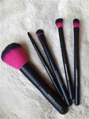 Courtney verified customer review of Color Me Fuchsia Brush Set