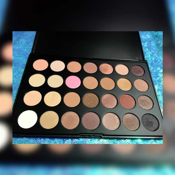 Namitsuki verified customer review of 28 Neutral Eyeshadow Palette
