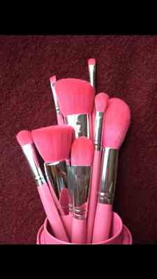 Courtney verified customer review of Primrose Brush Set