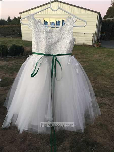 Merri verified customer review of Ivory lace Tulle Spaghetti straps Wedding Flower Girl Dress with Beaded Belt