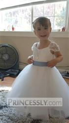 Misdress Cap Sleeves Ivory Lace Tulle Flower Girl Dress with Champagne Satin Sash Review