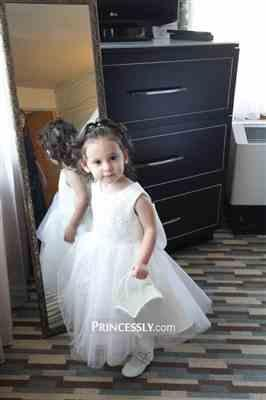 Misdress Ivory Lace Tulle Wedding Flower Girl Dress with Big Bow Review