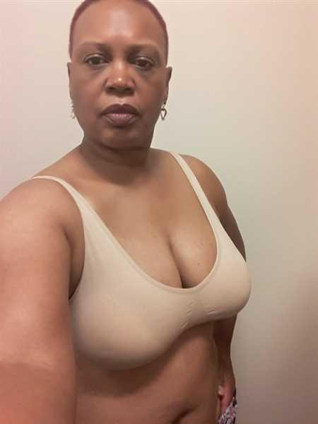 Felicia C. verified customer review of Truekind™ Everyday Essential Throw-on Wirefree Bra