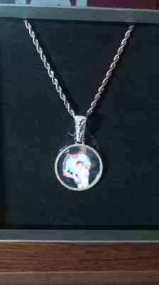 LFYSHOP ICED Custom Picture Pendant 38mm Review