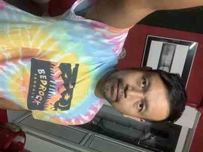 Md Fairul Nizam Hassan verified customer review of Bedrock Mountain High T-Shirt