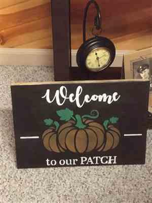 Alice L. verified customer review of Vertical Trick or Treat | Halloween Stencil