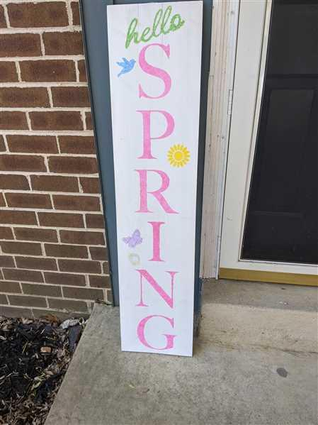 Essential Stencil Vertical Hello Spring Stencil Review