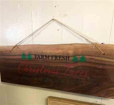 Beth ONeal verified customer review of Farmhouse Christmas Stencil Set (3 Pack)
