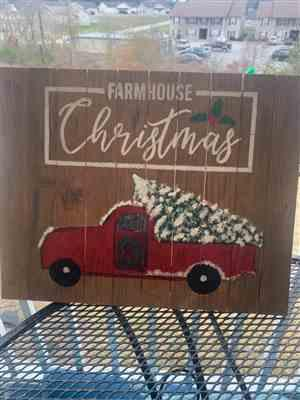 Polly Sledge verified customer review of Farmhouse Christmas Stencil Set (3 Pack)