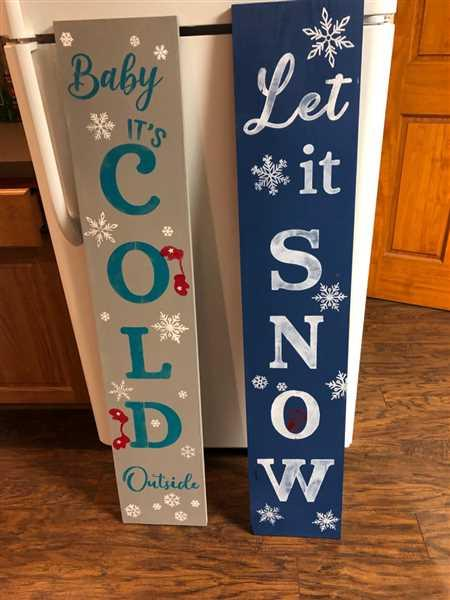 Jody Benson verified customer review of Let it Snow Vertical Christmas Stencil
