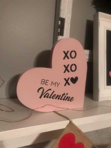 MelissaS verified customer review of Be My Valentine Mini Tag Stencil Set (3 Pack)