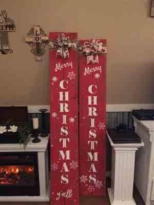 Sarah Sharpe verified customer review of Vertical Merry Christmas Stencil